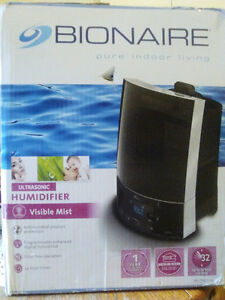 Humidifier/Table top by Bonaire Peterborough Peterborough Area image 1