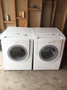 Bosch white Washer and dryer for sale