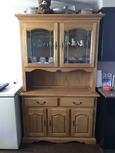 China cabinet with show lights