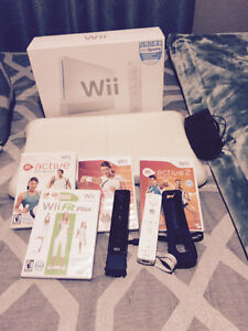 Excellent shape Wii console