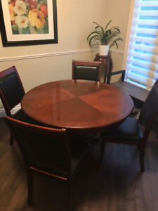 Nice round dining table set with 4 chairs