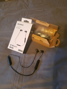 SONY Bluetooth Earbuds - WI-C300