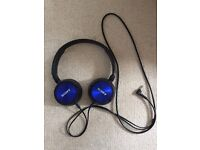 SONY HEADPHONES HEAD PHONES EARPHONES EAR PHONES IN BLUE