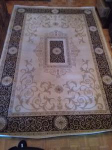 Area rug / carpet - Tapis