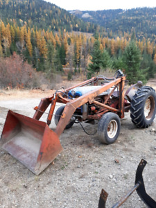 1955-57 ford 800 tractor w/ loader