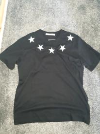 Givenchy T Shirt (Medium)