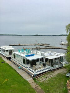Rideau Lakes Houseboat Rentals. OPEN HOUSE  Sat and Sunday 12-3