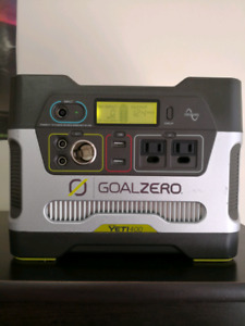 Goal Zero Yeti 400 with 2 Boulder 15 Solar Panels