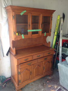 Antique sole hutch in excellent shape for sale
