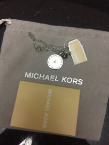 Brand New Michael Kors (MK) Disc Silver Pendant Necklace