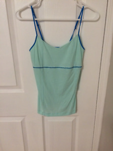 *Size 6 Lululemon Tank Top $15 Excellent Condition.