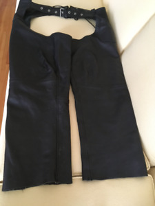 "Leather chaps ""river road"""