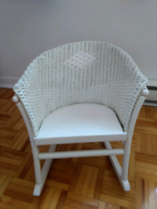 Chaise blanc enfant rosier / Wicker kid chair white