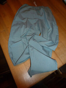 Pale green scrub pants size XS Worn but in great shape