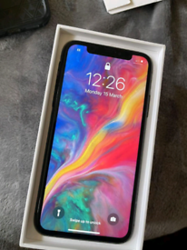 IPhone XS 64GB Unlocked BOXED
