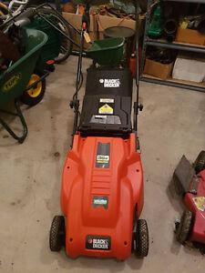 Black & Decker Cm1836 18-Inch 36-Volt Cordless Electric Lawn Mow
