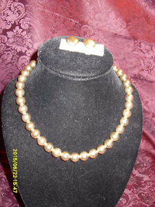 Retro/ Vintage small beaded silver tone necklace/clipon earring