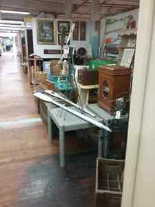 Canada's largest antique mall 600 booths to explore  Gatineau Ottawa / Gatineau Area image 6
