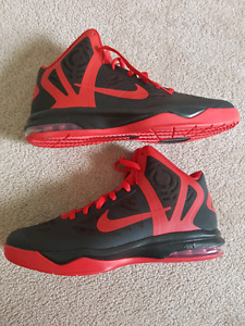 Brand new Nike basketball shoes size 11