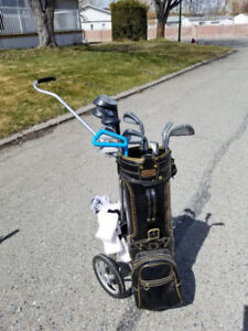 Ladies Used Golf Clubs with Bag & Cart