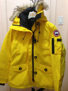 Brand New Womans Canada Goose Jacket