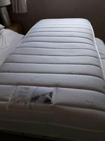 Good quality single mattress.