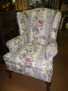 Chairs, single and sets available Comox / Courtenay / Cumberland Comox Valley Area image 6