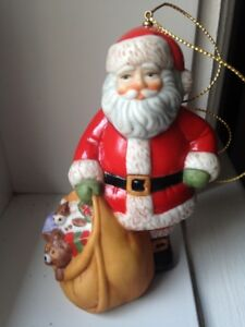 Franklin Mint Père Noel «around the world collection»