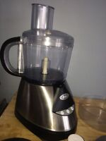 Oster 3212 Brushed Steel 10 Cup Inspire Food Processor