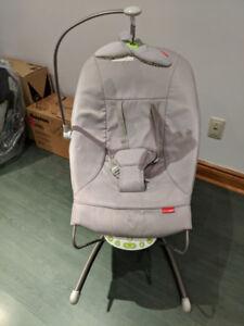 Chaise Berçante avec vibration et musique pour bébé