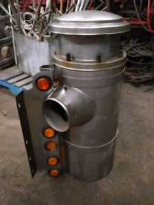 STAINLESS STEEL AIR BREATHERS