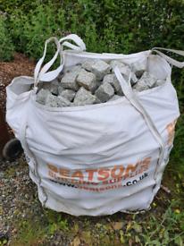 White tumbled granite stone setts / cobbles