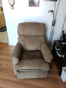 La-Z-Boy Couch and Chair set