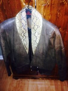 Brown leather jacket with genuine snakeskin collar