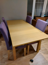 Immaculate extending table