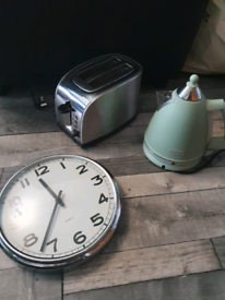 Kettle, toaster and kitchen clock