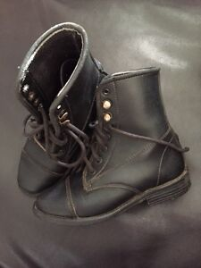 Kids EquiStar Lace-up Paddock Boots - sz 12 Strathcona County Edmonton Area image 1