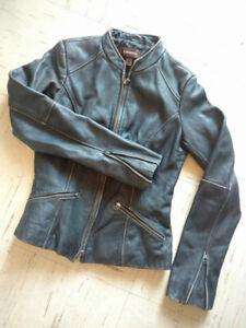 Manteau en cuir Danier (femme)