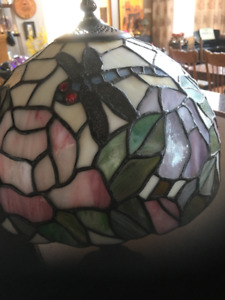 2 stained glass pcs/ Tiffany dragon fly lamp/ 3 apples design