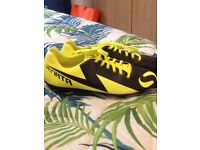 Sondico football boots size 9