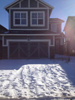 Beautiful Estate Home in Airdrie