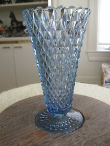"MOM'S OLD VINTAGE ""V""-SHAPED BLUE TAPERED VASE DIAMOND PAT."