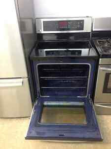 Seven year old LG stainless stove Cambridge Kitchener Area image 3