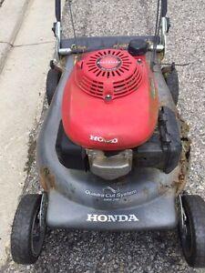 Honda Lawn mower Quadra Cut HRR216 Cambridge Kitchener Area image 2