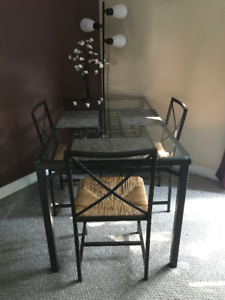 Dining room table X4 chairs, living room table X2Round end table