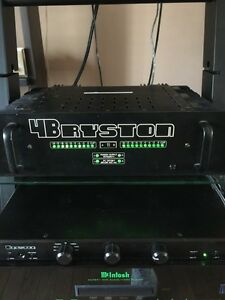 Bryston 4B rare model with led meters balanced inputs