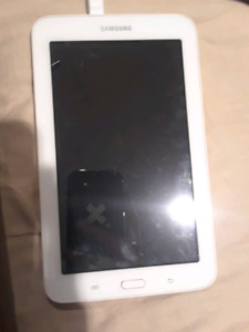 Samsung tablet blanc (white) for 100$ or 90 $dollars
