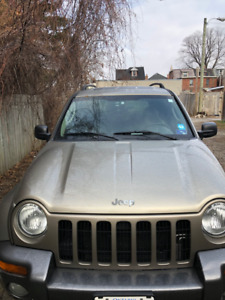 2004 Jeep Liberty For sale must go asap