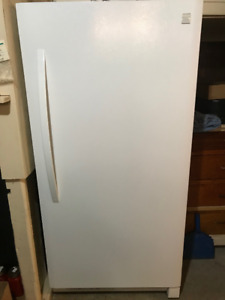 NEW Kenmore full freezer MINT CONDITION