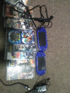 PSP WITH CASE  AND 8 GAMES , WITH CHARGER